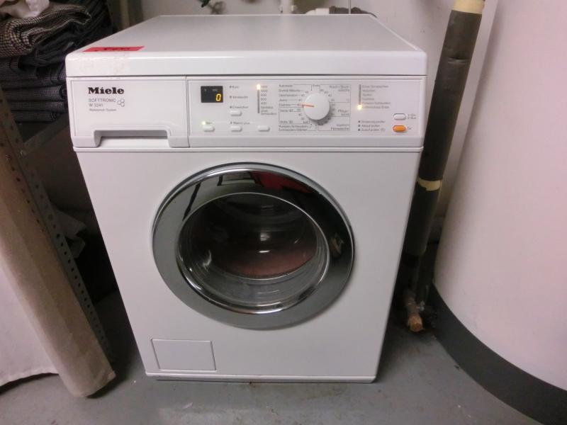 Used Miele W 3241 Softtronic Waschmaschine for Sale (Auction
