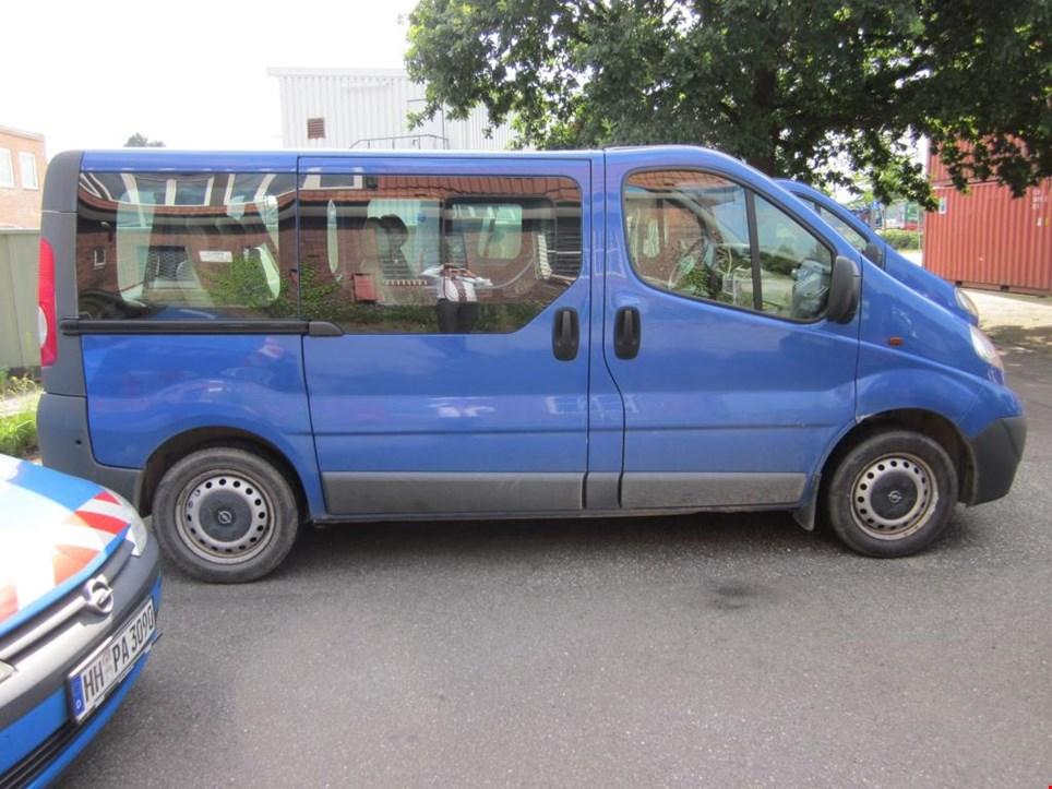 opel vivaro mehrzweckfahrzeug opel vivaro gebraucht kaufen auction premium