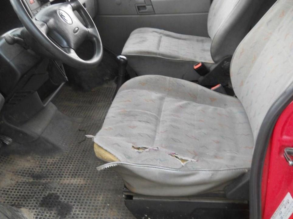 volkswagen 7 db pkw geschlossen vw bus gebraucht kaufen. Black Bedroom Furniture Sets. Home Design Ideas