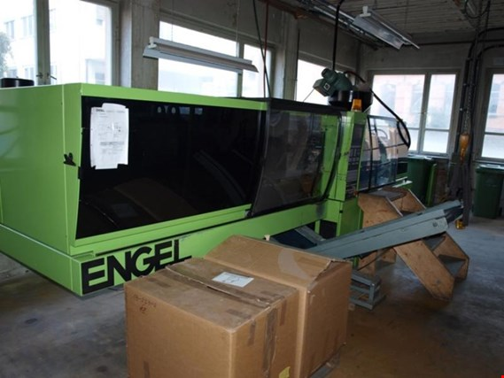 Used Engel ES 1050/175 HLST plastic-injection moulding machine for