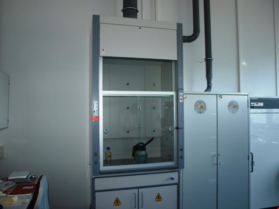 Used Bense fume cupboard for Sale (Auction Premium) | NetBid Industrial Auctions