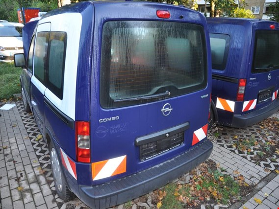 Used Opel  Combo - C - CNG  Mehrzweck - Fz Erdgas NG (ex HH - W 1138) for Sale (Auction Premium) | NetBid Industrial Auctions