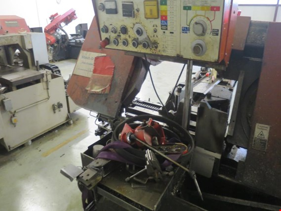 Extensive machine park of saws, lathes and milling machines from well-known manufacturers