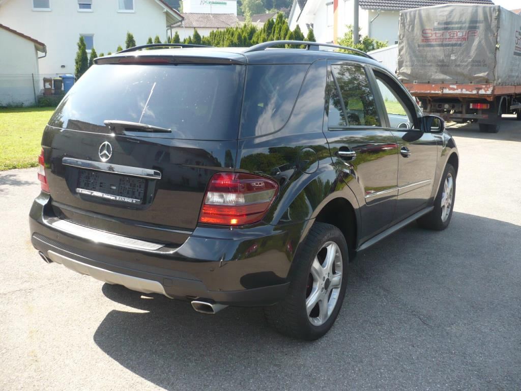 mercedes benz ml 320 cdi 4matic pkw suv gebraucht kaufen auction premium. Black Bedroom Furniture Sets. Home Design Ideas