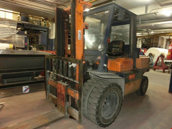 Used Toyota 5FD45 Diesel forklift truck for Sale (Auction
