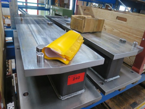 Used 1 Posten Clamping device for Botten C+E blocks for Sale (Auction Premium) | NetBid Industrial Auctions