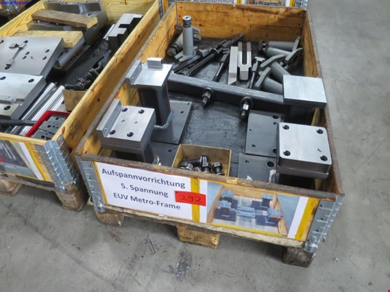 1 Posten Clamping device 5th voltage EUV Metro-Frame (Auction Premium) | NetBid ?eská republika