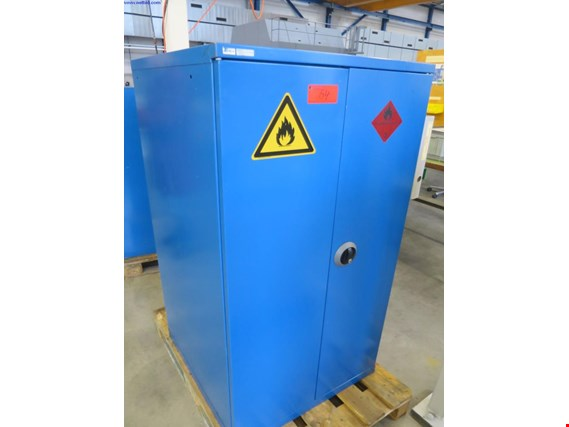 Used Lista 2 Safety cabinets for Sale (Auction Premium) | NetBid Slovenija
