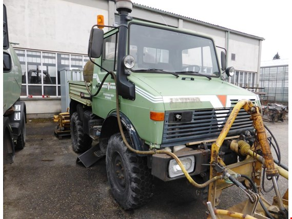 Used Mercedes-Benz Unimog 424 tractor unit for Sale (Auction
