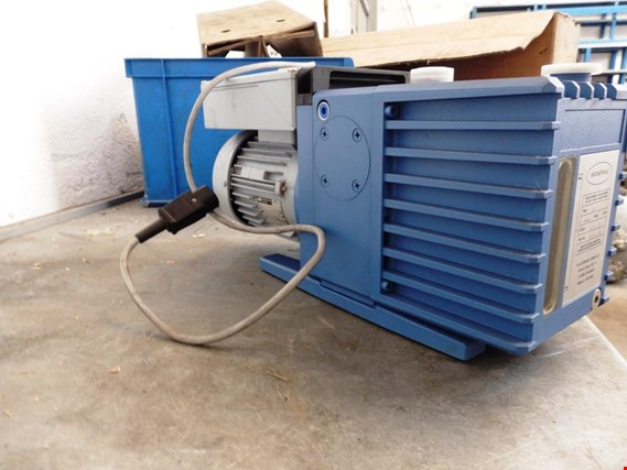 Used VACUUBRAND RZ-8 Vacuum motor 8´6 m3 (not used) for Sale