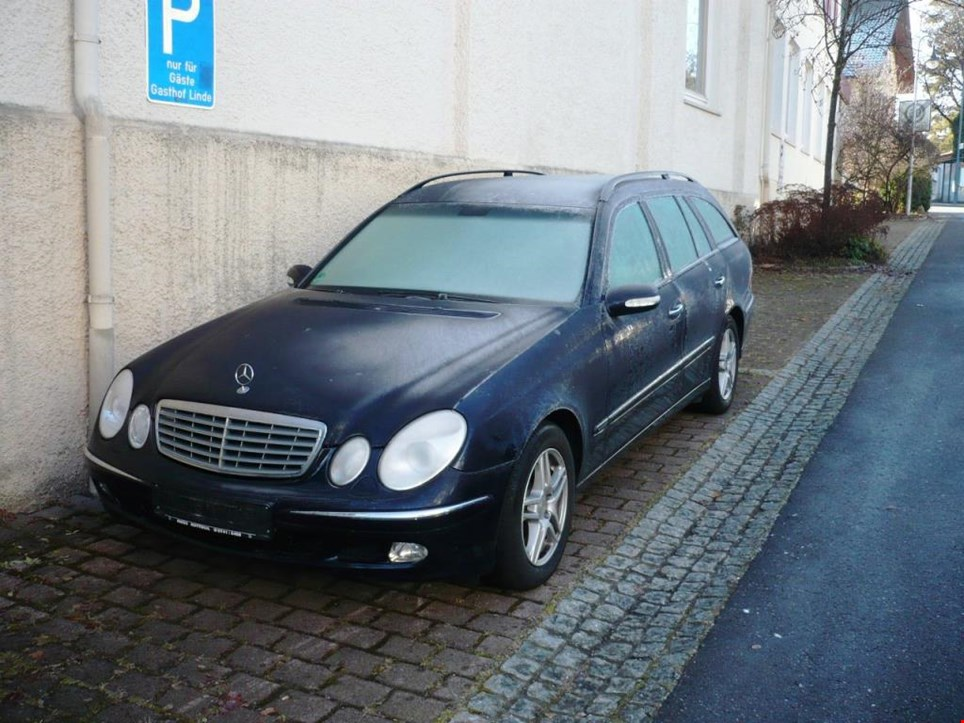 the daimler chrysler case Daimlerchrysler case study submitted to dublin core global corporate circle december 2005 information in this case study was provided by jennifer kujawa who is.
