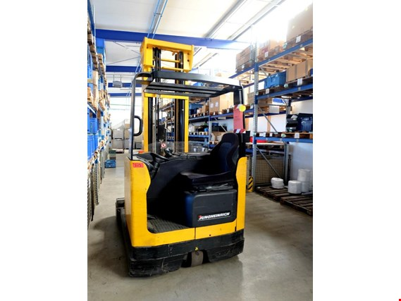 Used Jungheinrich vermutlich ETV 25 electr. four-directional lift truck - note: knockdown with reservation! for Sale (Trading Premium) | NetBid Slovenija