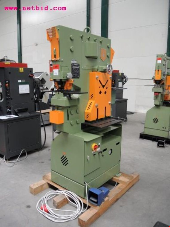Peddinghaus Peddiworker NO 1 Combined profile steel shearing/punching and notching machine, #208 koupit použité (Auction Premium)
