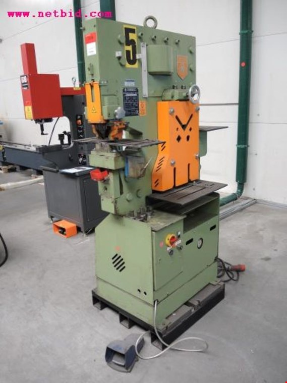 Peddinghaus Peddiworker NO 1 Combined punching/nibble cutting machine, #209  (Auction Premium)