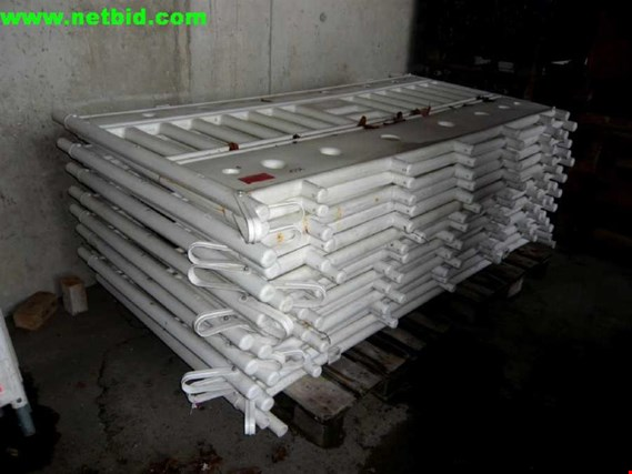 Used Posten Baustellen-Absturzsicherung for Sale (Auction Premium) | NetBid Industrial Auctions