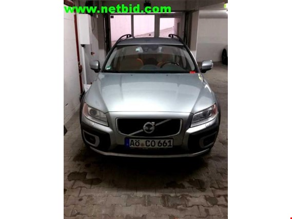 Used Volvo XC70 2,4 D5 Kombi for Sale (Auction Premium) | NetBid Industrial Auctions