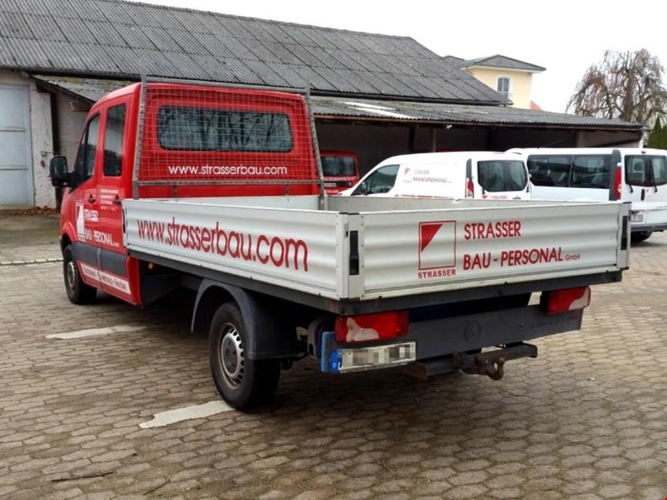 mercedes benz sprinter 309 cdi doka pritsche transporter gebraucht kaufen auction premium. Black Bedroom Furniture Sets. Home Design Ideas