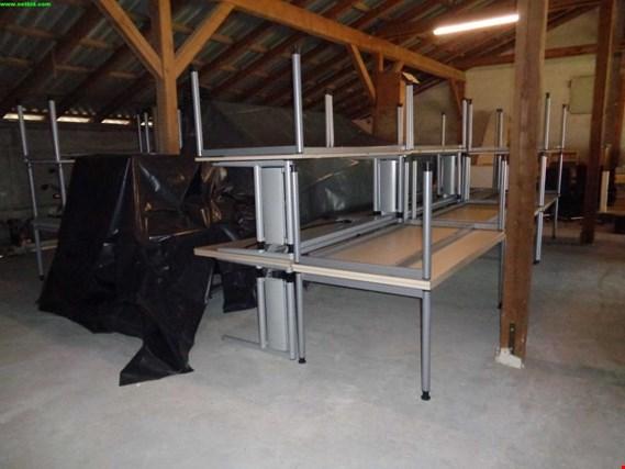 div. Büromöbel aus Containeranlage gebraucht kaufen (Auction Premium)