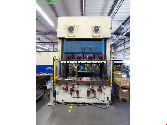 Used Aida NC2-200 hydraulic press - please note: conditional