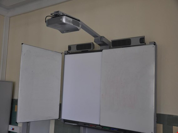 SMART Technologies Smartboard 710545 interaktives Whiteboard mit Peripherie gebraucht kaufen (Auction Premium)