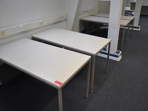 ca. 13 Schreibtische sowie weitere Büromöbel gebraucht kaufen ...