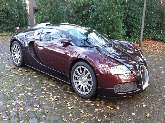 "<font color=""#0077CC"" size=""2""><strong>Verkauf</strong></font><br>Bugatti Veyron 16.4"