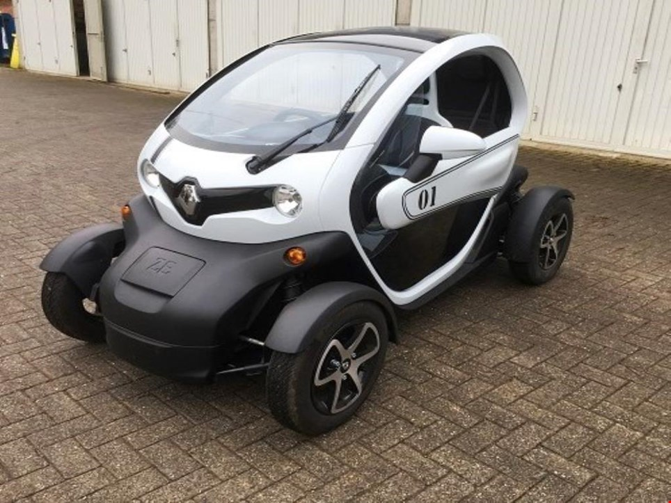used renault twizy sport edition renault twizy sport edition subject for prior sale for sale. Black Bedroom Furniture Sets. Home Design Ideas