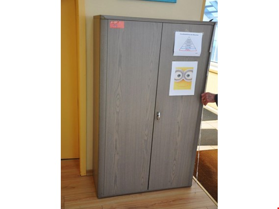 Used Holzschrank for Sale (Auction Premium)
