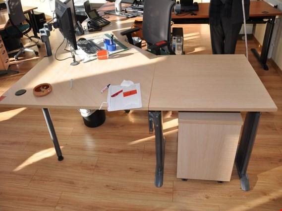 Schreibtischwinkelkombination + weitere Büromöbel gebraucht kaufen ...