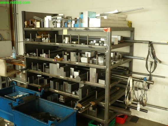 Used 2 Arbeitstische for Sale (Trading Premium) | NetBid Industrial Auctions