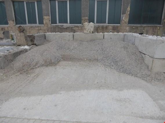 1 posten sch ttgut kies sand gemisch gebraucht kaufen. Black Bedroom Furniture Sets. Home Design Ideas