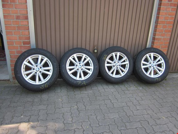 Used Michelin 4 Winter-Kompletträder 255/55 R18 109H (RDCi)  - (Winterreifen) for Sale (Trading Premium)