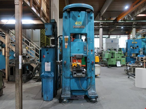 Used Weingarten P140 dual column blow forging press (4101) for Sale (Trading Premium)