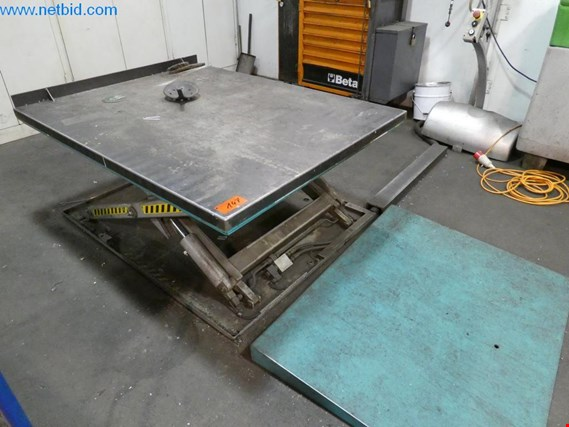 Scissors lift (Auction Premium) | NetBid España