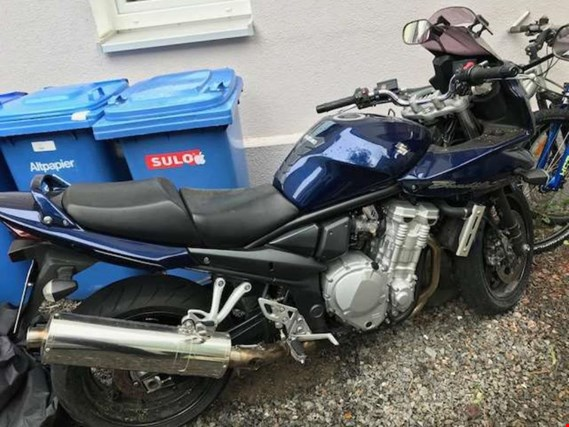 Used Suzuki WVCH Motorrad for Sale (Trading Premium)