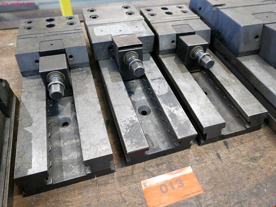 3 Hydraulic machine vice de ocasión (Auction Premium)