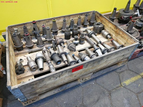 Used 1 Posten Tool holders for Sale (Auction Premium)