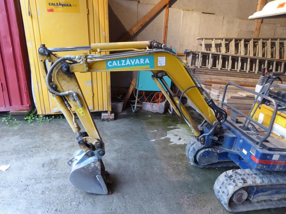 Top Used IHI 1.6MB Mini-Bagger for Sale (Auction Premium) &GR_54