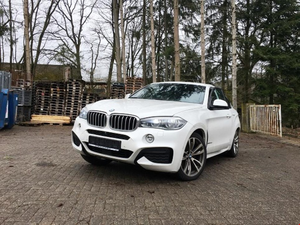 bmw x6 xdrive 40d pkw gebraucht kaufen auction premium. Black Bedroom Furniture Sets. Home Design Ideas