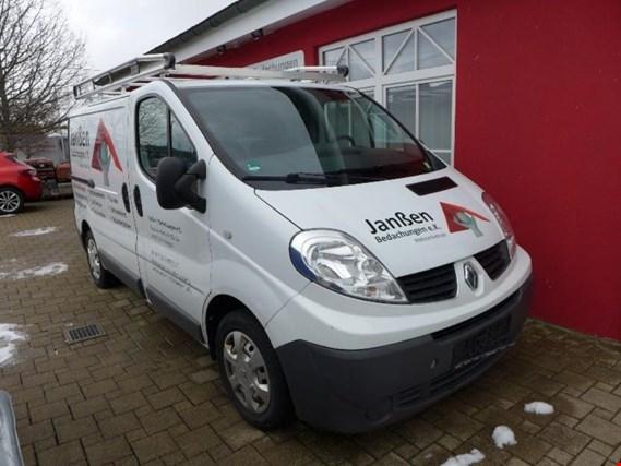 Used Renault Traffic 2 0 Dci Kasten Transporter For Sale