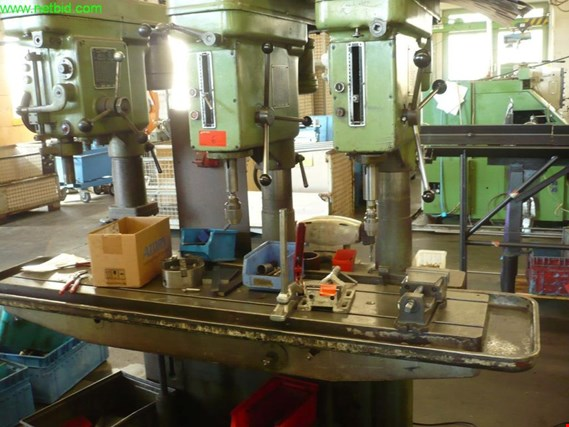 Used Gluthardt 3-fach Reihenbohrmaschine for Sale (Auction Premium) | NetBid Industrial Auctions