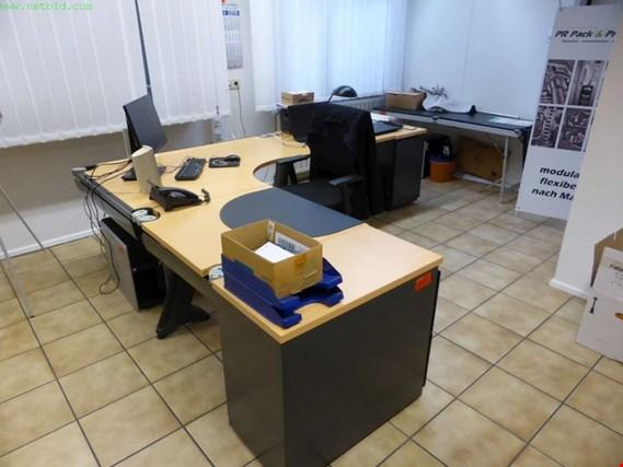 Used Schreibtisch Winkelkombination For Sale Trading Premium