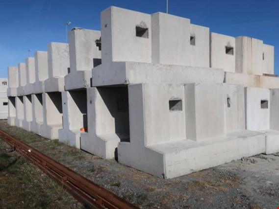 275 concrete support blocks (nacelle) location Bremerhaven (Germany)