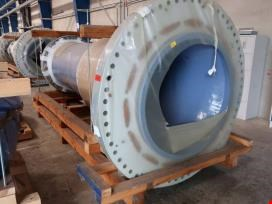 Large components for wind turbines