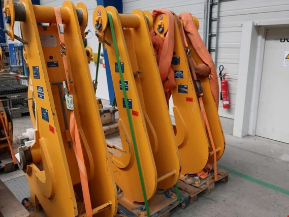 Used Axzion J-Hook (Variohook) for Sale (Auction Premium) | NetBid Industrial Auctions