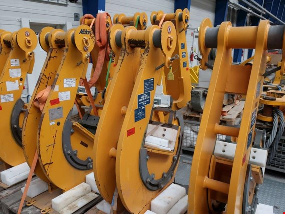 Used Axzion Lifting gear set (Variohook) Assembly for Sale (Auction Premium) | NetBid Industrial Auctions