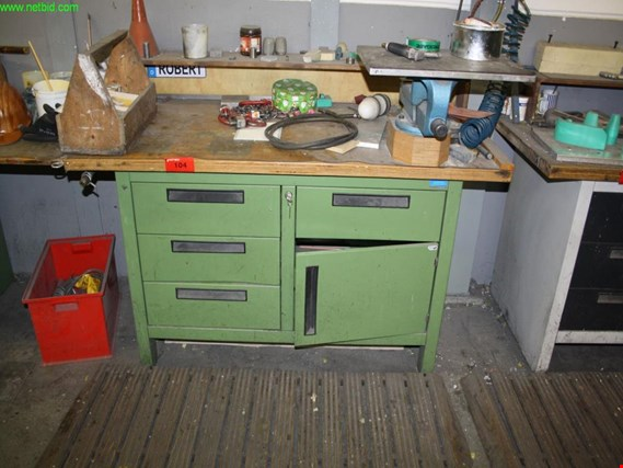 Used Garant Edition workbench for Sale (Auction Premium) | NetBid Industrial Auctions