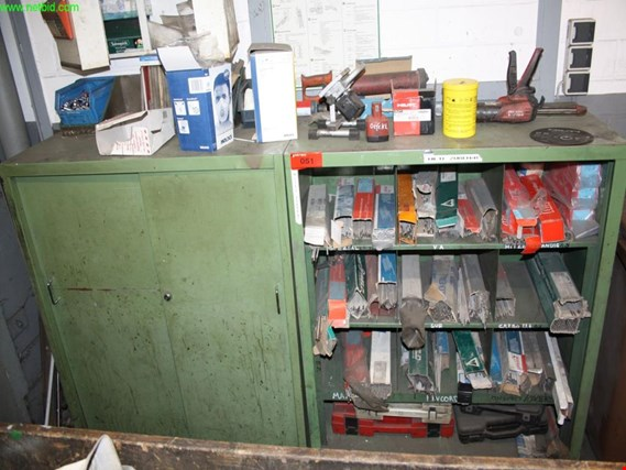 Used 2 steel cabinets for Sale (Trading Premium) | NetBid Industrial Auctions