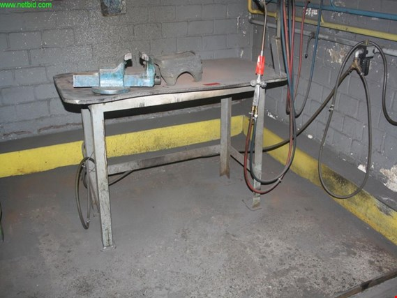 Used welding table for Sale (Trading Premium) | NetBid Industrial Auctions