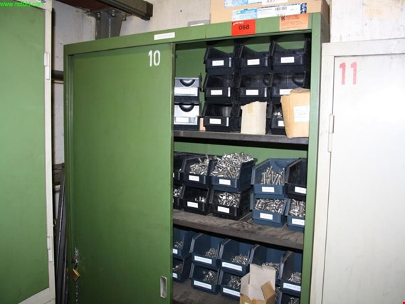 Used tool cabinet (10) for Sale (Auction Premium) | NetBid Industrial Auctions
